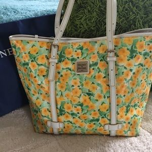 Dooney and Bourke petunia floral East/West shopper